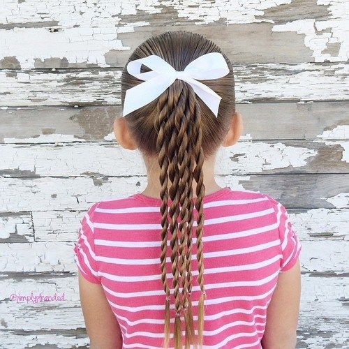 berniukas girl ponytail hairstyle with twists