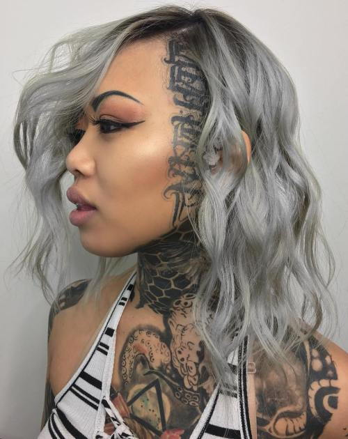 Vidutinis Wavy Gray Hairstyle With Head Tattoo