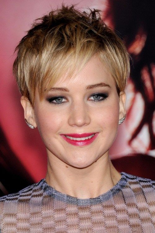 kratak fringe hairstyle for pixie haircut