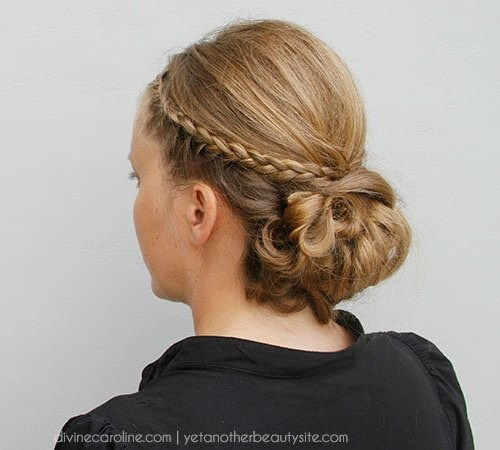 knyttede braid updo