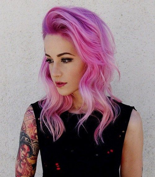 pastel pink wavy hairstyle