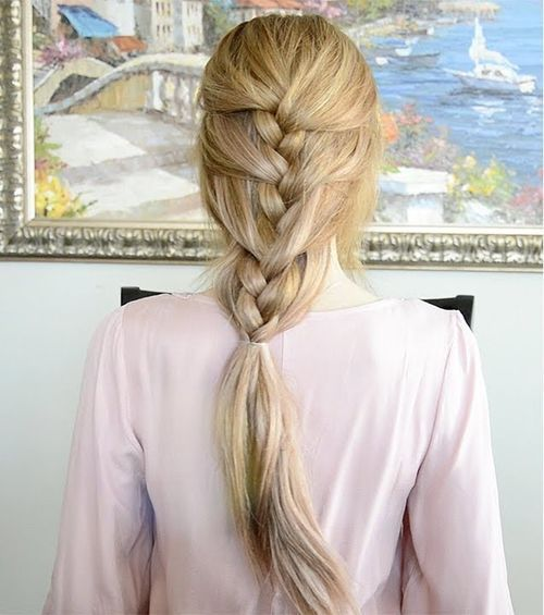 Jednostavan French braid hairstyle for long hair