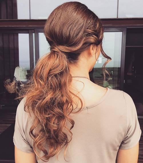 ארוך curly messy ponytail