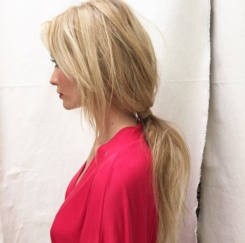 מבולגן blonde ponytail for long hair