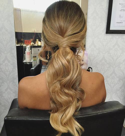 ארוך low wavy ponytail