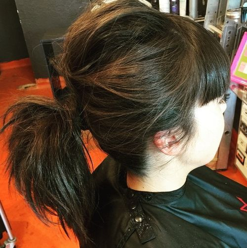 מבולגן ponytail for shorter hair