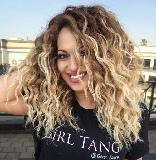 Storas Curly Blonde Balayage Hair