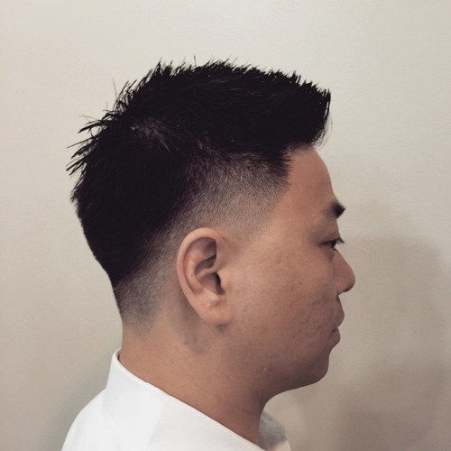 אסיה men spiky cut with temple and nape fade