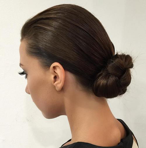 חֲלַקְלַק Knotted Low Bun