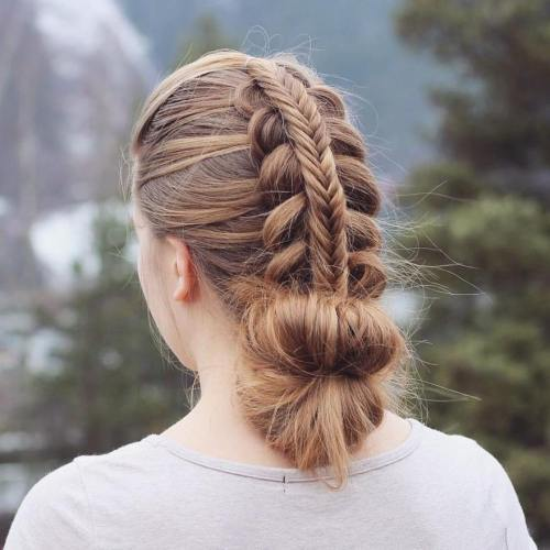 מְרוּבָּד Braid And Low Bun