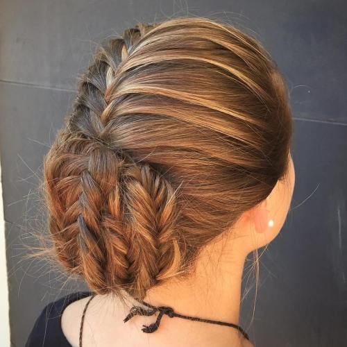 נָמוּך Braided Bun Updo
