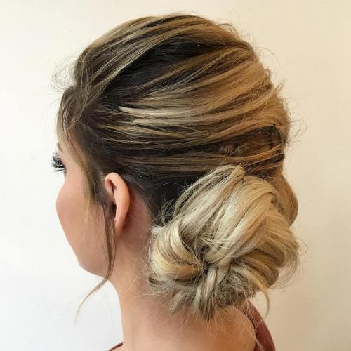 מבולגן Low Side Bun Updo