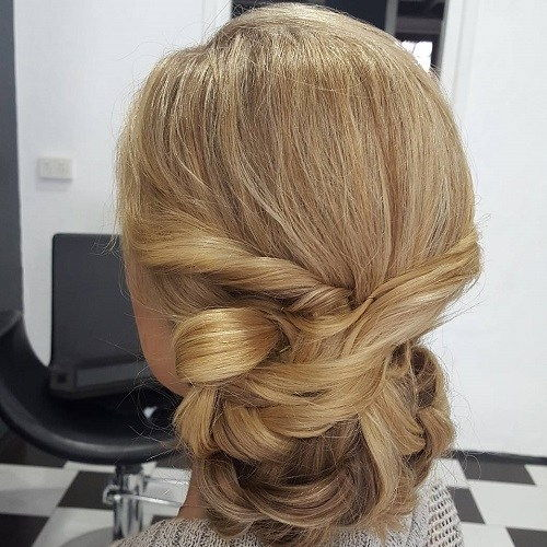 מְפוּתָל Chignon For Long Hair