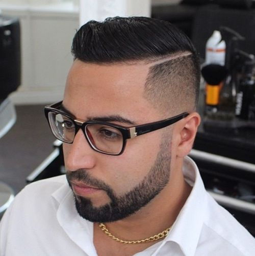 obrijane sides wet look hairstyle for men
