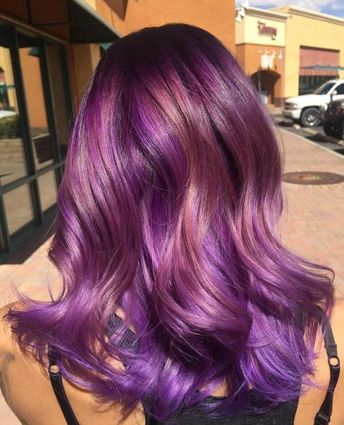 violetinė hair with rosewood highlights