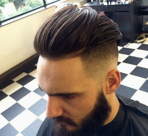 ilgai top, short sides men's hairstyle with beard