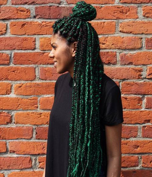 prožet fanki ritmom Black And Green Box Braids