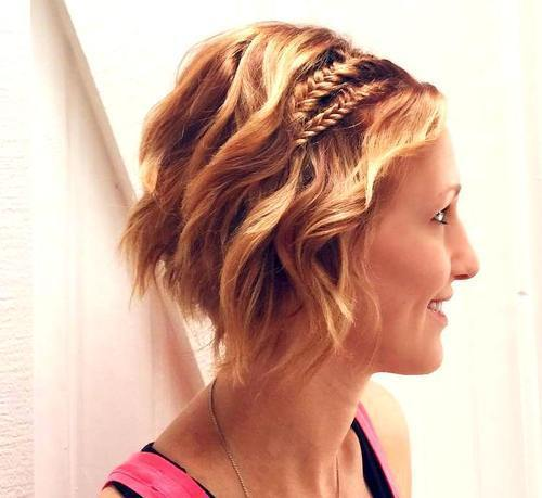 אָדוֹם wavy bob hairstyle with two braids