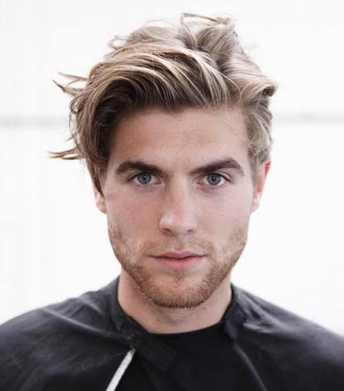 Men's Medium Blonde Hairstyle