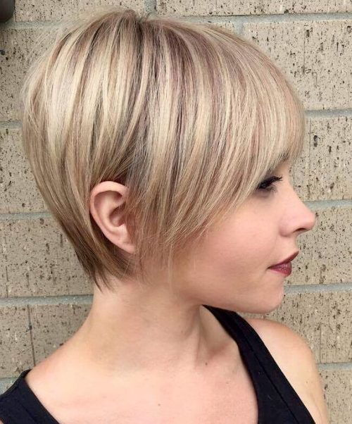 ארוך Feathered Blonde Pixie