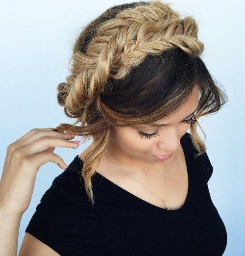 Riblji rep Braided Updo