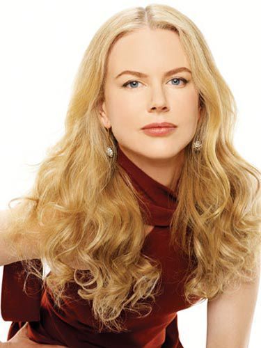 nikolas kidman in red
