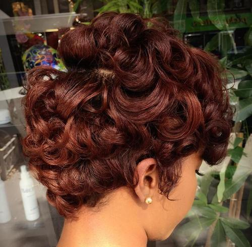 kesten brown short curly hairstyle