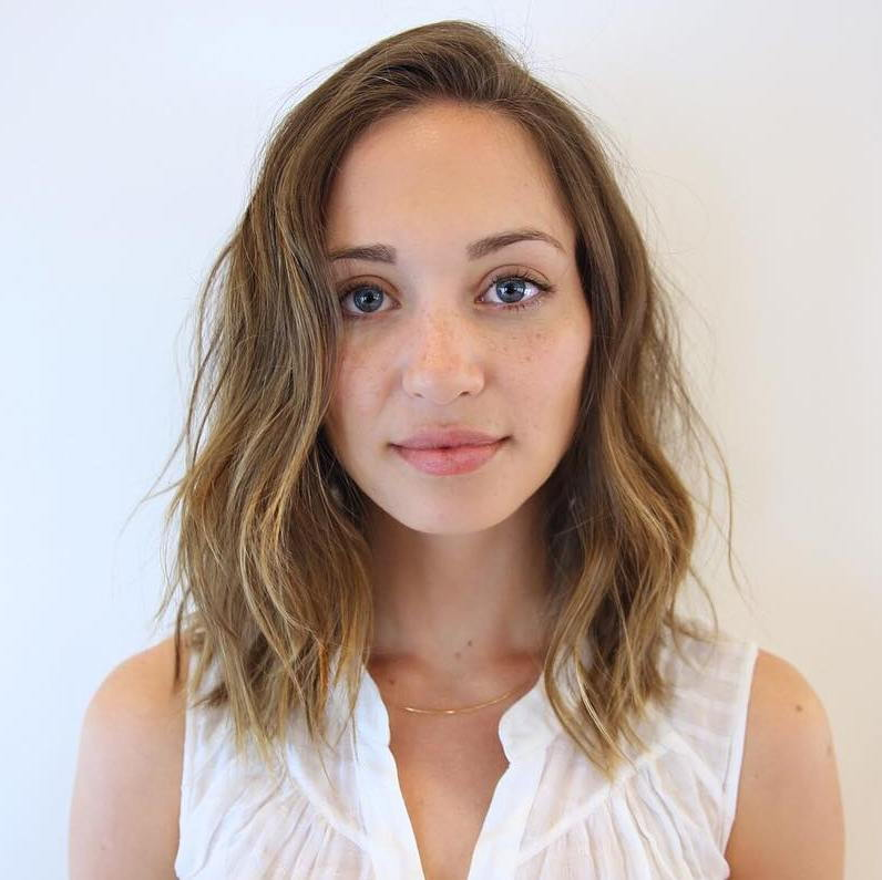 Vidutinis Wavy Hairstyle For Thin Hair