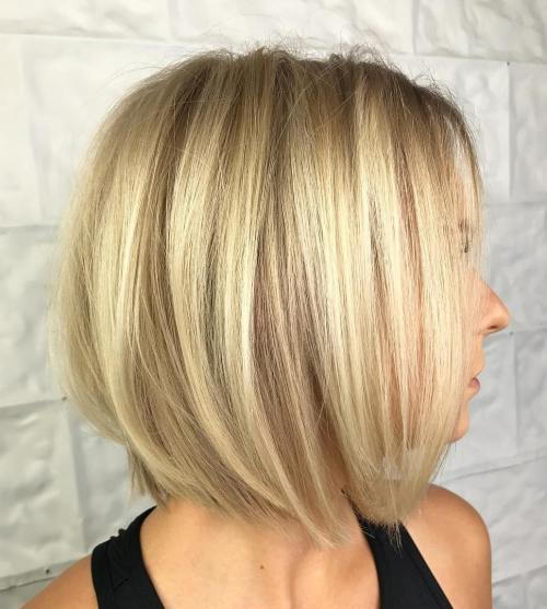 klasik Blonde Bob Blowout