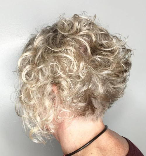 Trumpa Curly Blonde Bob