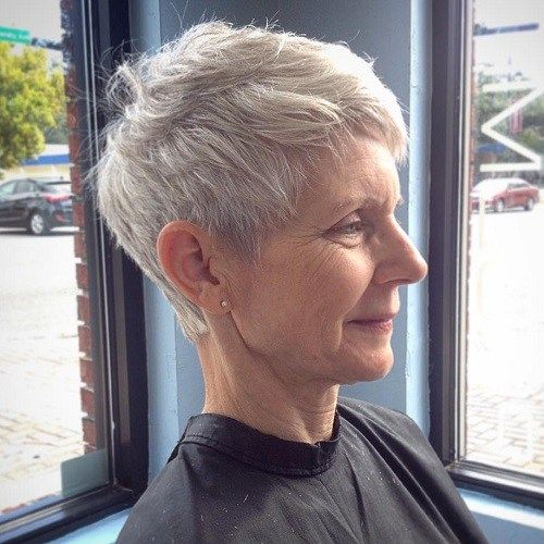Senesni Women's Gray Pixie Hairstyle