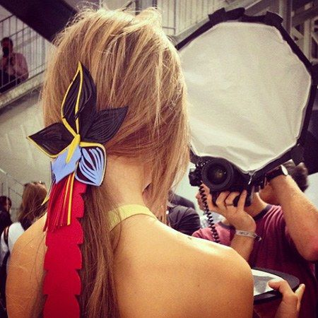 עוֹר hair accessories at fendi spring 2015