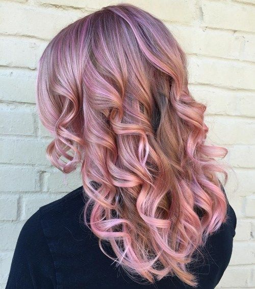 pastelė lavender hair color with pink highlights